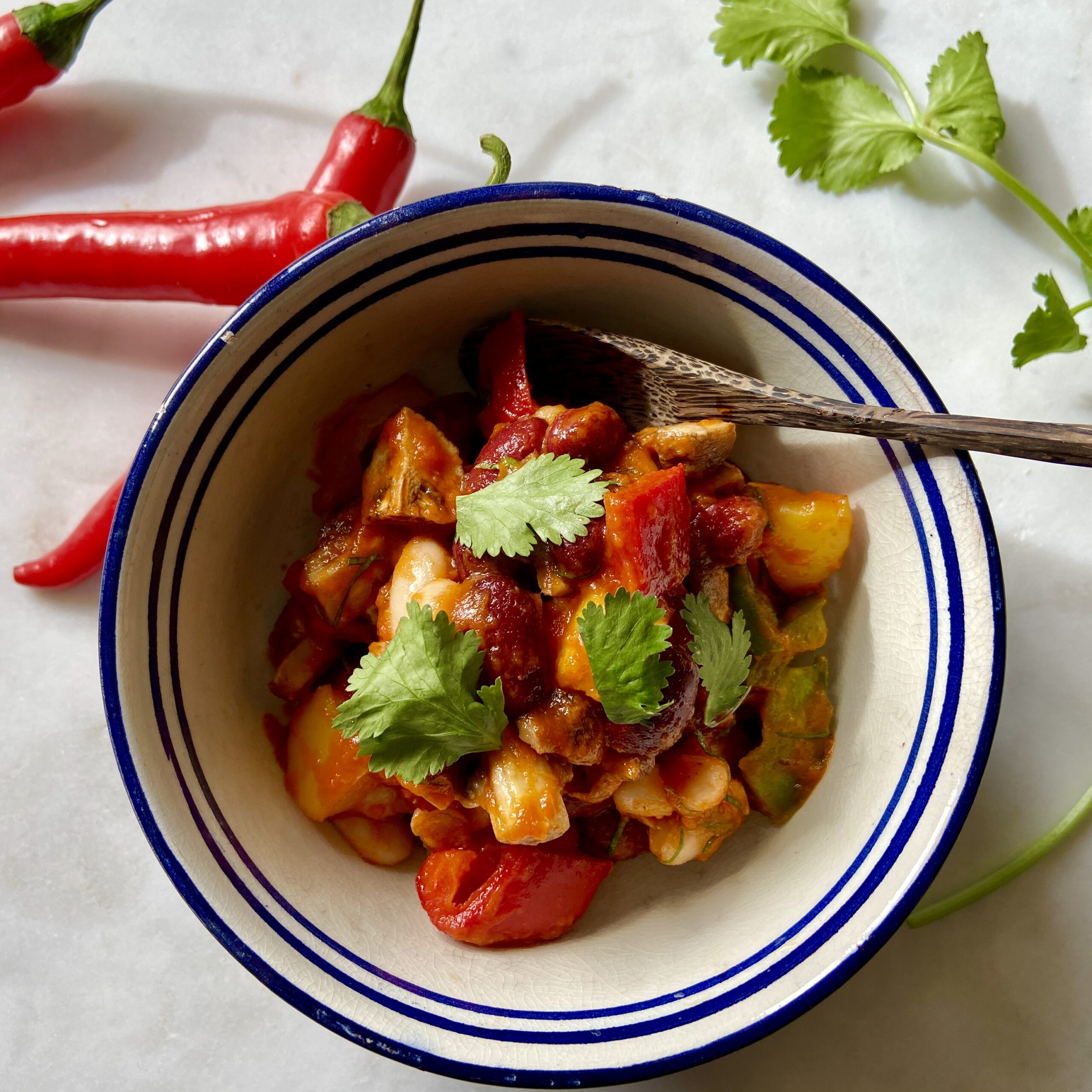 White Bean, Mushroom & Kidney Bean Chilli